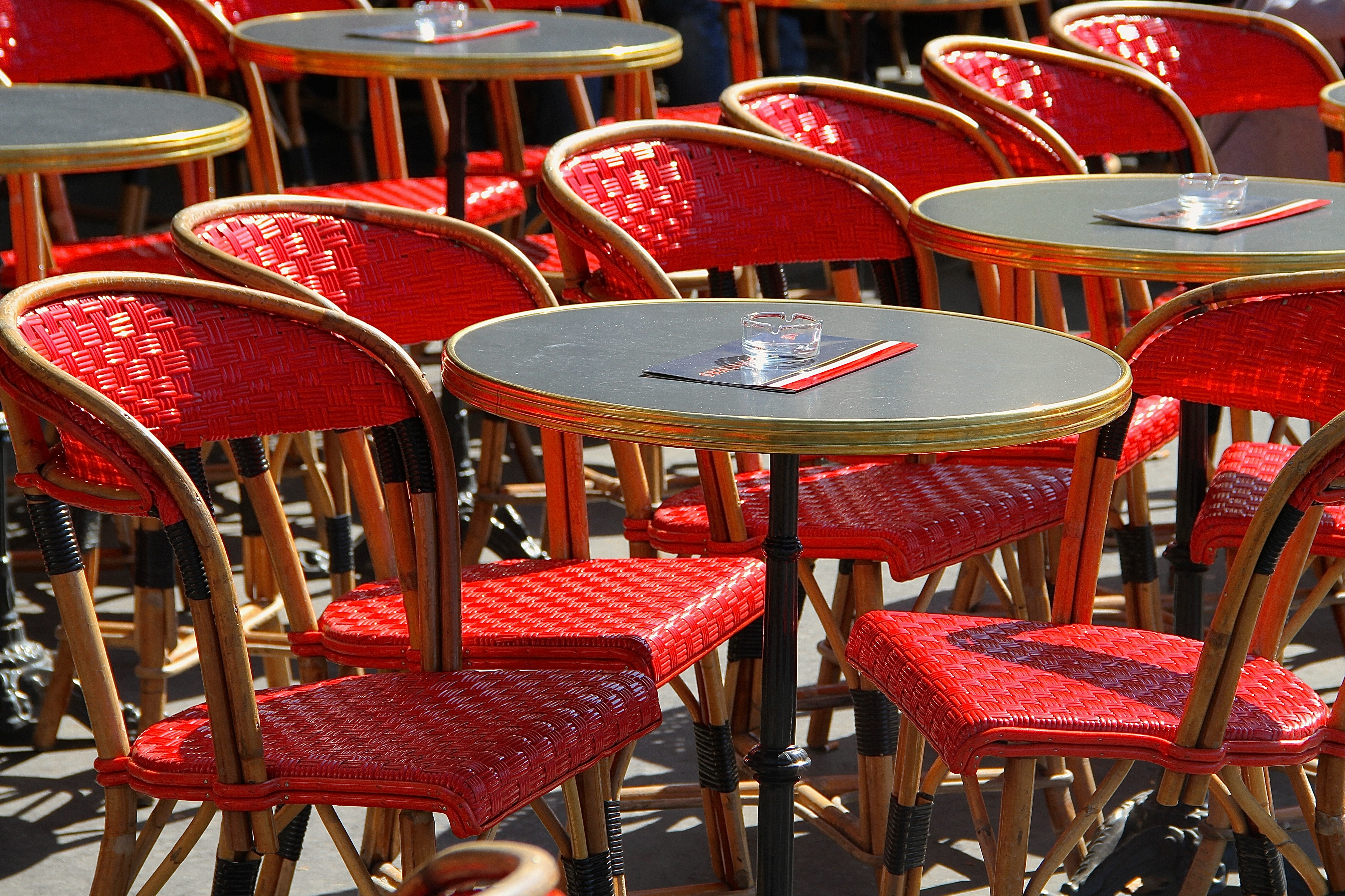 Parisian Red Café Table And Chairs Falling Off Bicycles - Paris cafe table