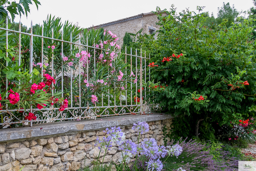 luxury accommodation Provence, hotel Provence, Lagnes, Julia Willard, Aix en Provence, where to stay in France